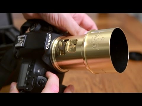 lomography-petzval-85mm-f/2.2-lens-review-with-samples-(full-frame-and-aps-c)