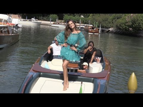 Victoria s Secret Angel Izabel Goulart stuns as she plays with the photogs in Venice