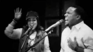 NUEVO !!! Liz Santos Ft. Benhur Berroa - El Poder De Tu Sangre - Videoclip - Musica Cristiana