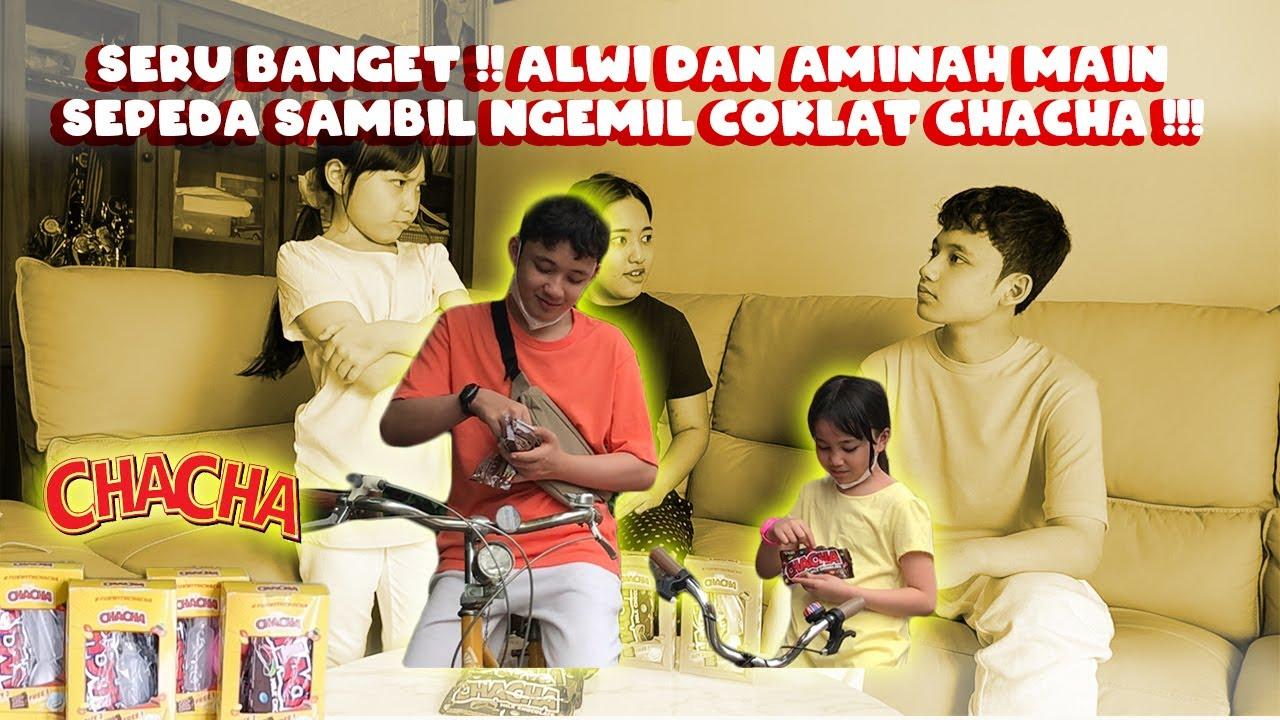 Seru banget !! Alwi dan Aminah main sepeda sambil ngemil coklat favorit!!!