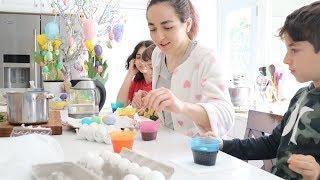 Ներկում ենք Զատիկի Ձվերը - Heghineh Vlog 519 - Mayrik by Heghineh
