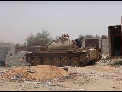 Дуэль советских танков Т-55 в ходе ленивой Ливийской войны.
