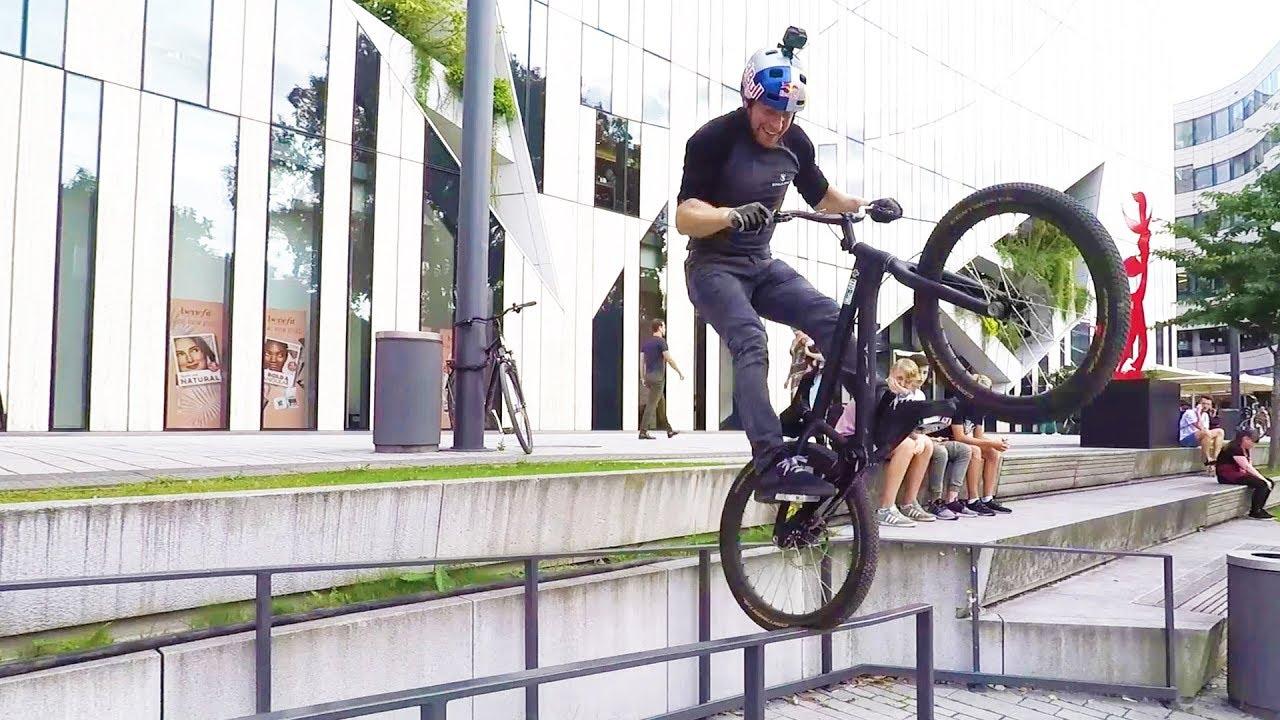 Danny Macaskill Trial Biking In D 252 Sseldorf Straight