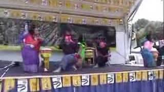 "Somapa Thai Dance Company: ""Theut-Theng"" (Long Drum Dance)"