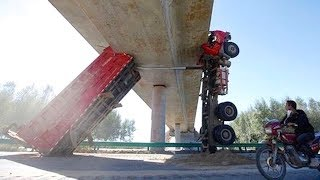 TRUCK DRIVING FAILS! Crazy Truck Drivers On Road Compilation 2017