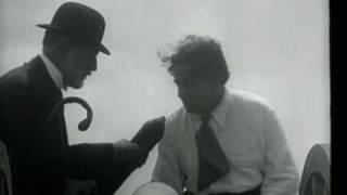 """René Clair, """"Entr'acte"""" (1924)"""