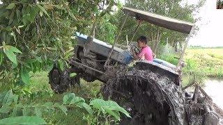 khâm phục tài xế nhí lái máy cày /tractor control