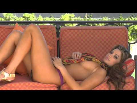 Playmate Monica Leigh – Sexy!