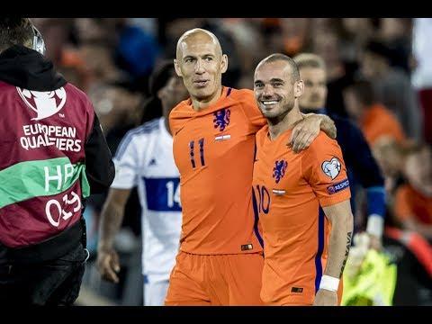 """Sneijder naar FC Utrecht? """"Dan lever ik aanvoerdersband graag in"""""""