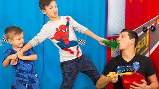У Давида ПОЯВИЛОСЬ СЕКРЕТНОЕ Видео Папы! Для Детей Kids Children