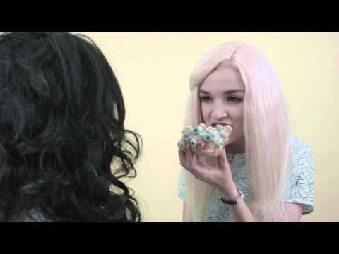 Charlotte Interviews Poppy