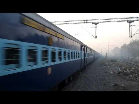 12155 Shaan-E-Bhopal Express FDN