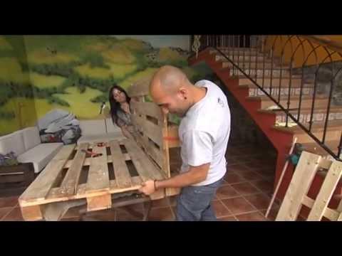 Bricolage con palets fabrica sof s y mesas con la escuela for Muebles de jardin sofas
