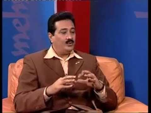 ''MEHMAAN'' JUNAID JAMSHED ,Yadgaar Interview ''main kaisy badla'' part # 2