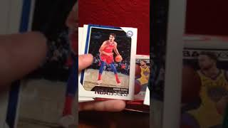 NBA Hoops 2018 Trading Cards 1 HIT!!!