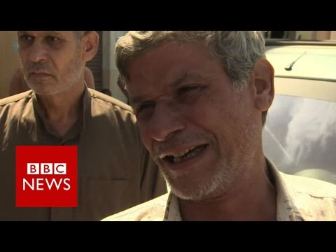 Egypt boat capsize: The survivors and those left behind - BBC News