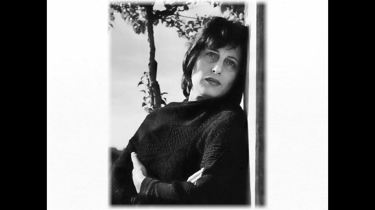 Nilla Pizzi (1919?011)