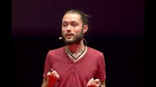 La nueva poesía: de la red social al papel   David Galán (Redry)   TEDxValladolid