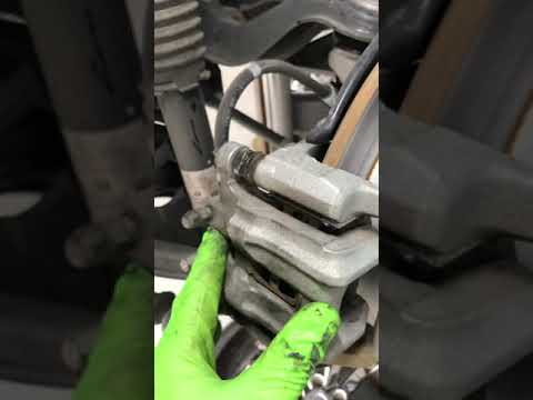 2016 – 2018 Acura RDX – How To Replace Rear Brake Pads
