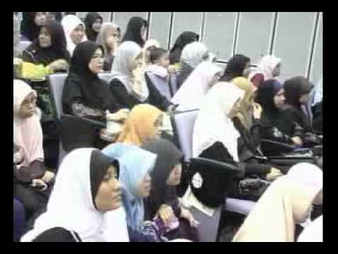 Kisah ZIZAN Raja Lawak ( UIA Gombak ) - Ustaz Azhar Idrus