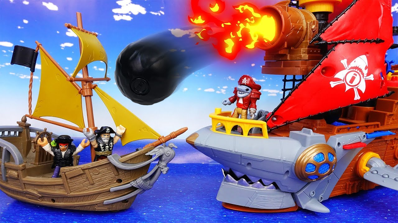 Good Pirates vs. Bad Pirates~!  Who's Gonna Get The Treasure? - ToyMart TV