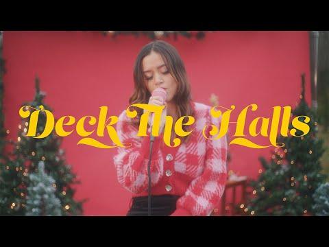 Смотреть клип Megan Nicole - Deck The Halls