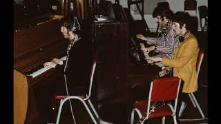 The Beatles - Your mother should know (piano version) Anthology 4