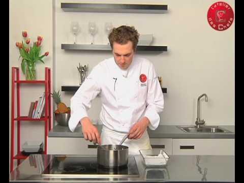 Technique de cuisine  Pocher un saumon  YouTube