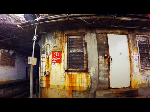 ⁴ᴷ The Ugliest NYC Subway Station: Chambers Street (J)(Z)