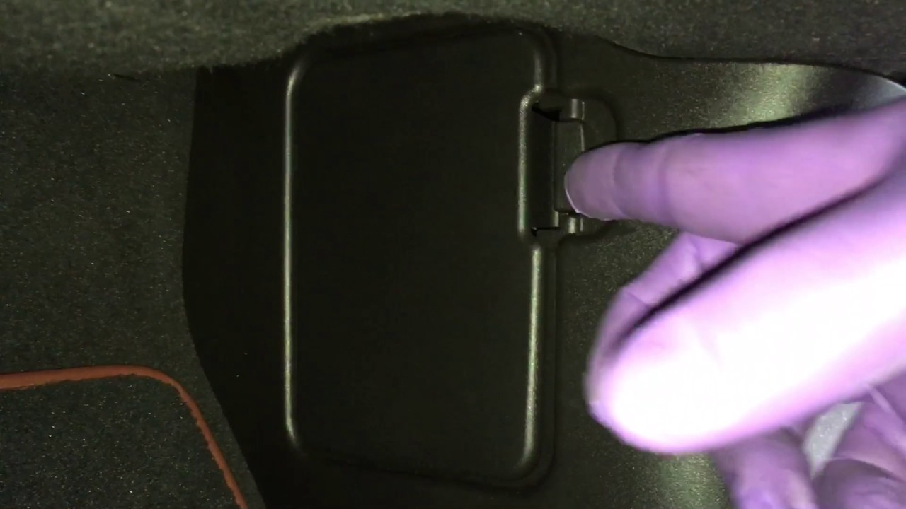 2009 Jaguar Xf How To Jump Start Or Get Power Open The Trunk Fuse Box