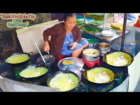 Bánh Xèo Chùa 25k mấy chục năm luôn đông khách trong hẻm sâu Sài Gòn
