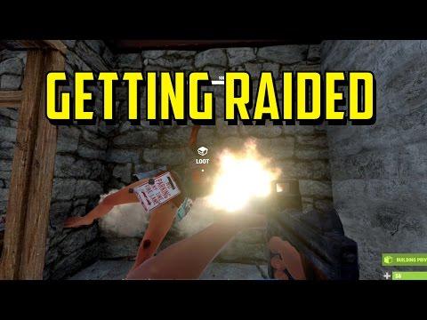 Rust | Uncut Raid Defense VS. Zerg Clan | 1080p