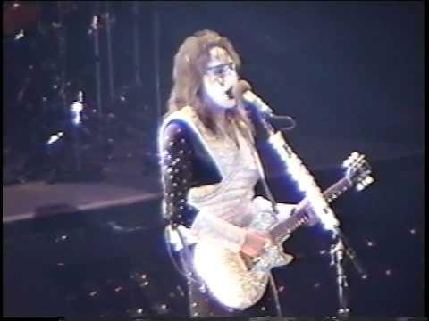 KISS - New York Groove - Chicago 1996 - Reunion Tour