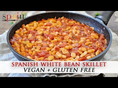 Spanish White Beans With Chunky Tomatoes & Paprika