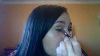 Everyday Earthy Amber and Brown Look Thumbnail
