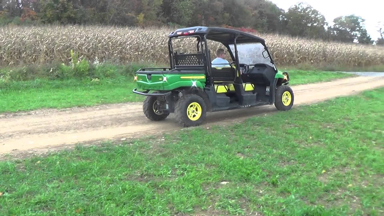 2011 JOHN DEERE GATOR XUV 550 S4 4X4 LIKE NEW
