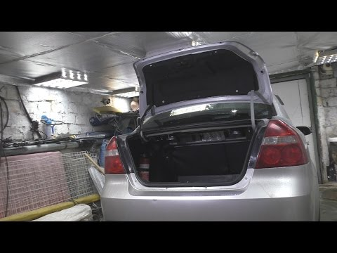 Сломался торсион крышки багажника Chevrolet Aveo .