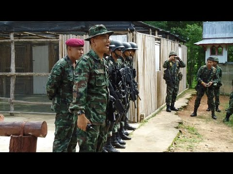 COIN in Thailand - Combining security and socio-economic policies