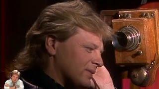 Download Юрий Антонов - Переулочки Арбата. 1987 Mp3 and Videos