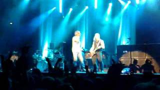 Deep Purple in RomE 12-12-2009 Palalottomatica Smoke on the water