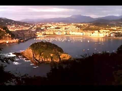 Basque Country :Estitxu:(Agur Maria)