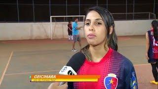 Meninas do Estrela Real se preparam para o primeiro confronto da Copa do Brasil de Futsal