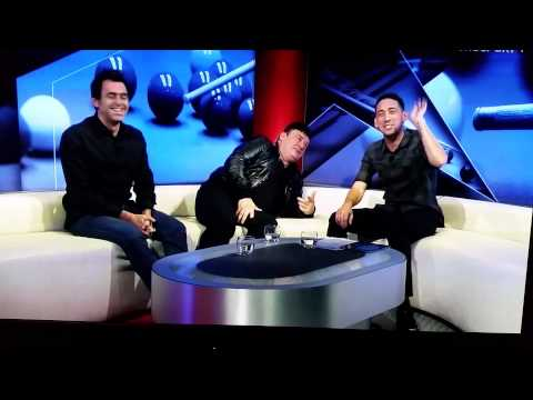 Ronnie O'Sullivan farts in the studio then swears! UK Snooker 2015