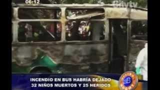 Repeat youtube video Arriba Bogotá: Incendio en bus habría dejado 32 niños muertos en Fundación, Magdalena