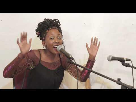 Leomile: Morija Arts Centre Tiny Gallery Concert