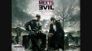 Bad Meets Evil - Lighters - ft. Bruno Mars (Official Clean Version) *Lyrics