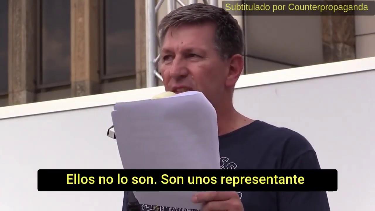 UN COMISARIO JEFE ALEMÁN SE UNE A LOS MANIFESTANTES EN CONTRA DE LAS MEDIDAS DEL GOBIERNO.