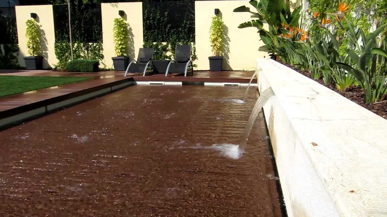 Fundo m vel piscina lisboa youtube for Sistema ultravioleta para piscinas