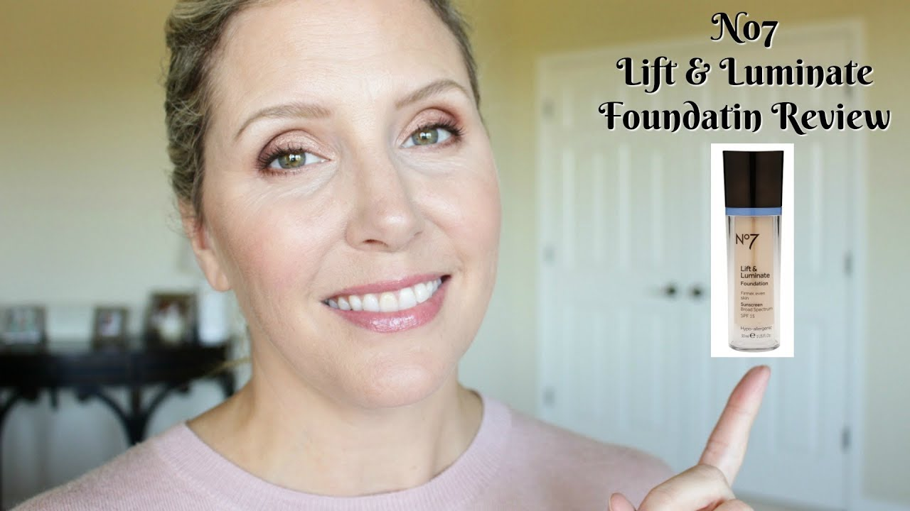 No7 Lift & Luminate Foundation Review | Mature Skin