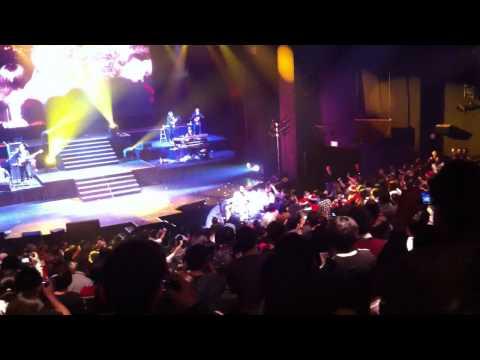 Stefanie Sun with Audience Las Vegas Live Concert